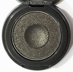 c_WhatsYourFantasyIntoTheWellEyeshadowMAC8