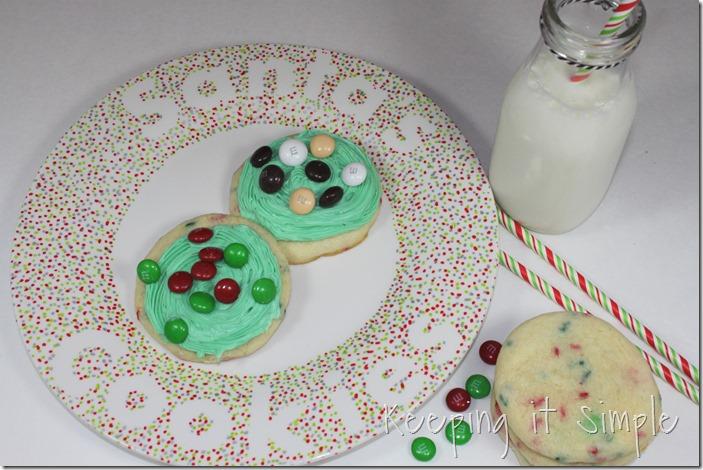#ad Santa-Cookies-Cake-Cookies-With-DIY-Santa-Plate #BakeintheFun (29)