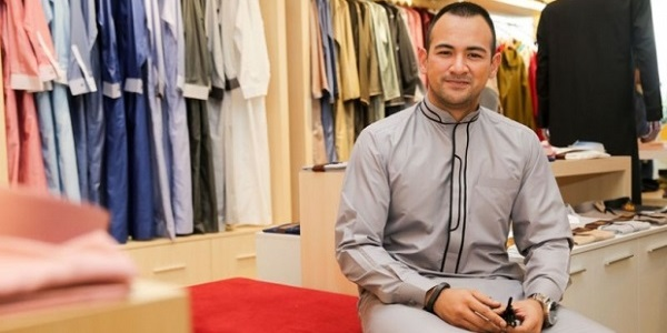 Pakai Jubah Hipster Kurang Ajar Dan Penciptanya Juga Kurang Ajar - Sharnaaz Ahmad