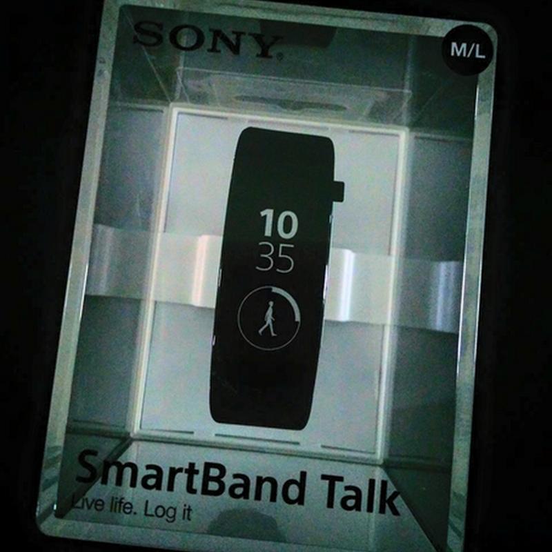 Fungsi Sony SmartBand Talk ?