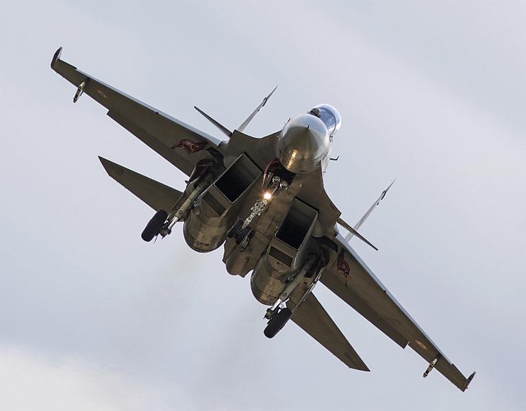 Sukhoi-Su-30-MKI-001