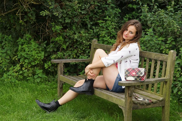 Country Attire review Hudson boots Vivienne Westwood derby handbag new exhibition