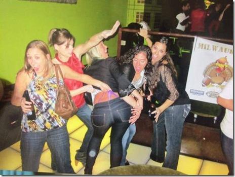 drunk-tipsy-people-041