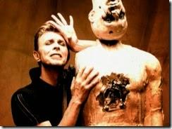 Bowie-david-bowie-348962_512_384