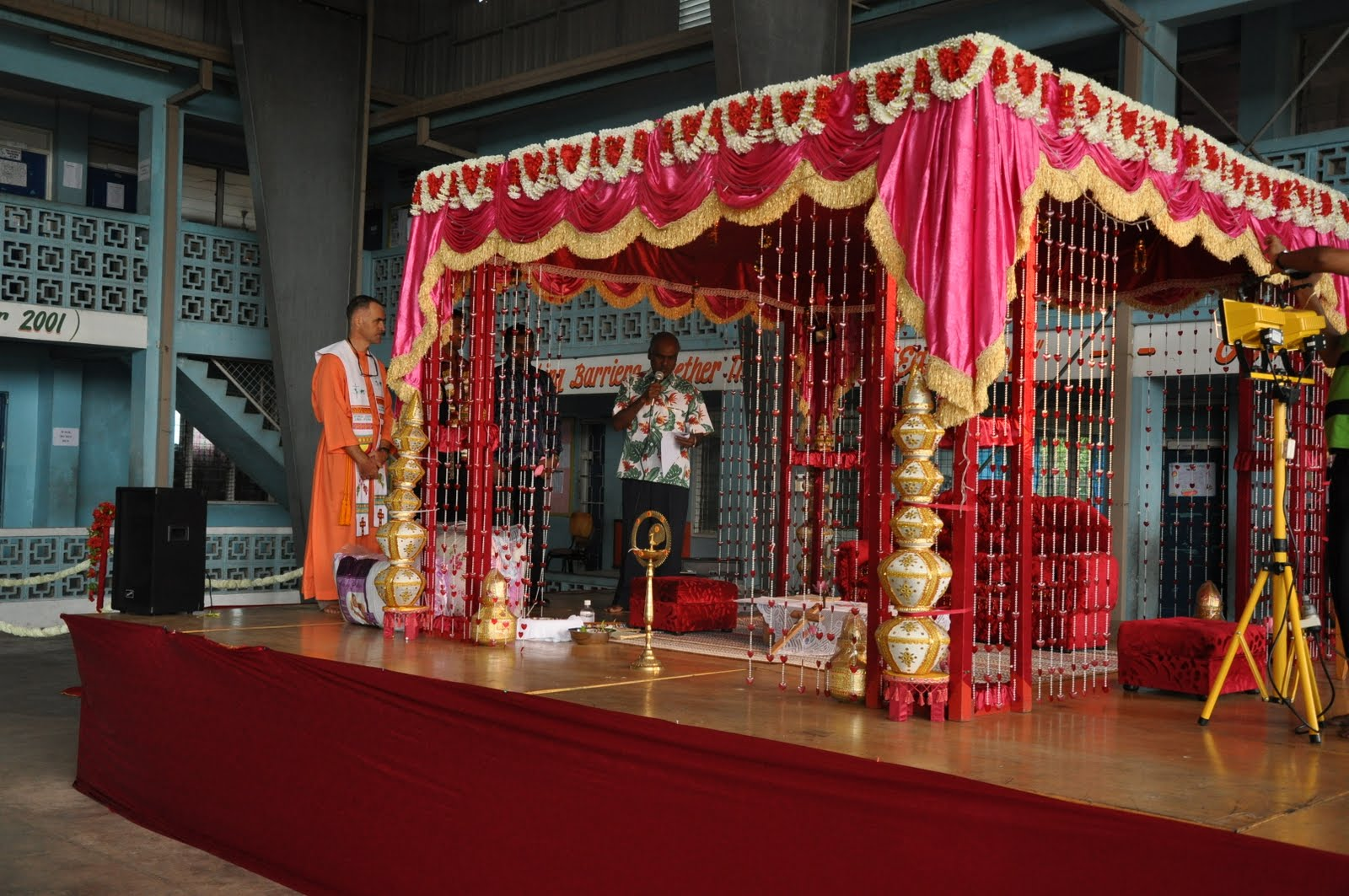 indian royal tent wedding