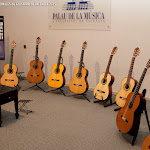 28: Guitarras Alhambra, Guitarras Valentin Andronic, Daniel Bernaert Luthier, Guitarras Raimundo, Francisco Vico Luthier.