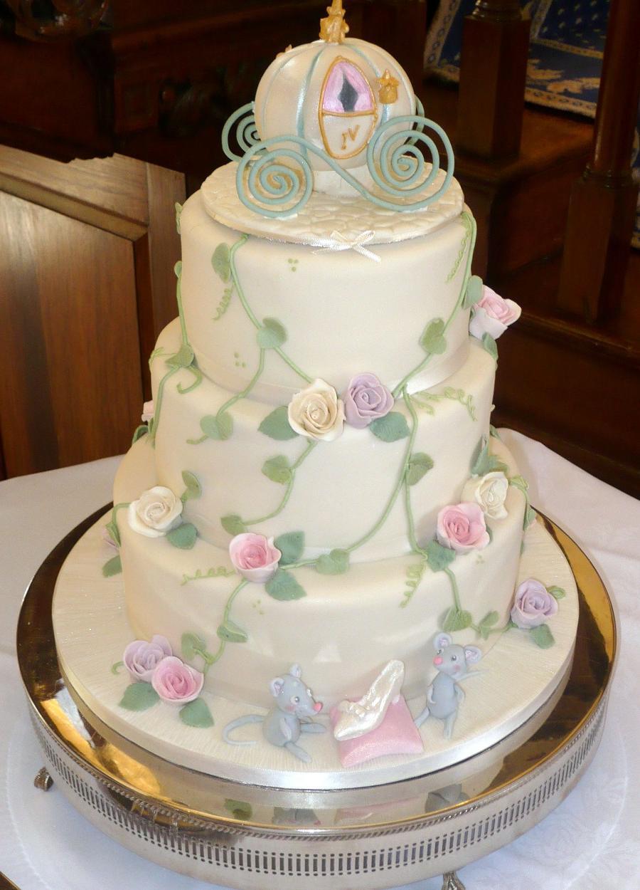 gray and white wedding cakes
