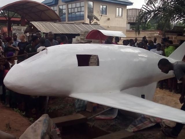 Boy constructs plane in Enugu.