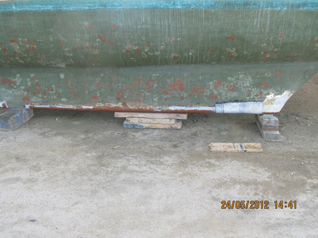 glass on sb keel repaired (1)