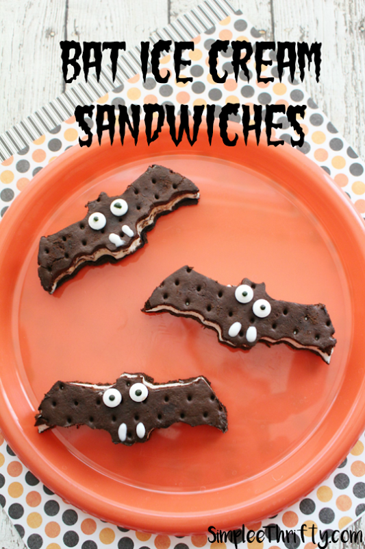 Bat-Ice-Cream-Sandwiches