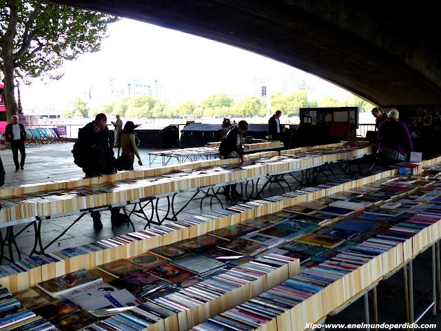 mercado-libros-southbank-londres.JPG