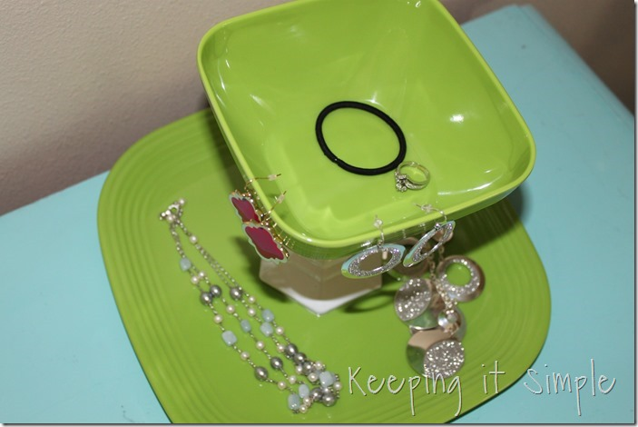 easy-DIY-Jewelry-Stand (15)