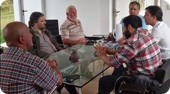 El encuentro contó con la presencia de integrantes del Museo de Malvinas de La Costa, el Museo de Mar de Ajó, el Museo de la Escuela Municipal de Bellas Artes, y la historiadora Adriana Pisani.