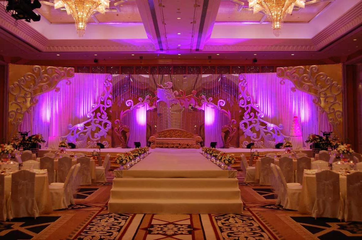 Wedding reception wedding reception long table decoration for Background decoration for indian wedding