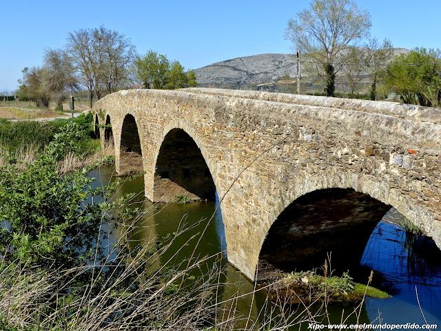 puente-rio-daro.JPG