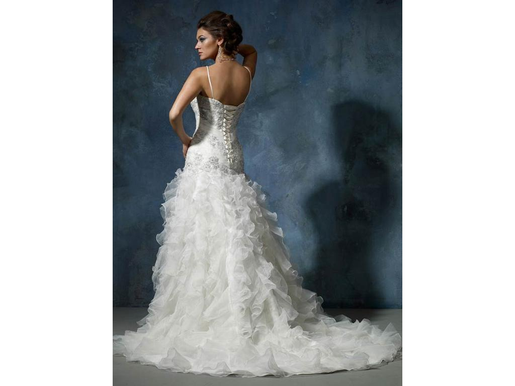 6   Used Wedding Dresses