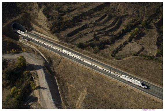 Más servicio de trenes Renfe a Huelva y Cádiz en verano 2015