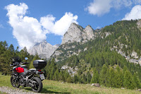 Auffahrt zum Passo di Fedaia (2057m).