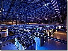 VIDEO: Kuinka Google huolehtii datakeskuksiensa turvallisuudesta (kuva Iowassa sijaitsevasta datakeskuksesta)