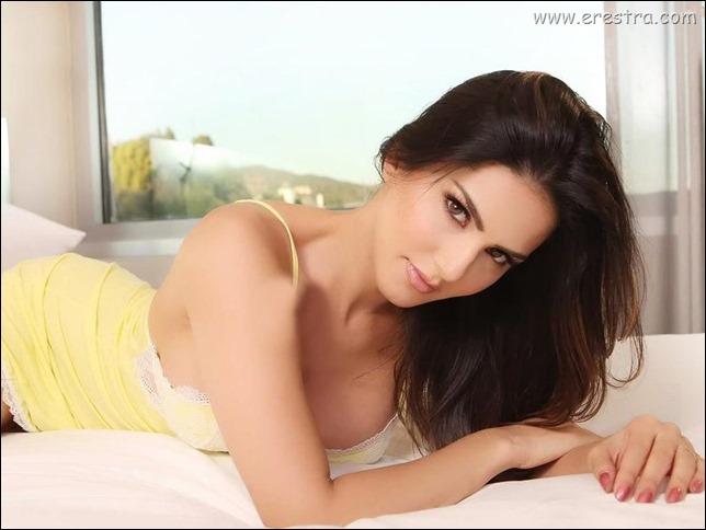 Sunny Leone 24.