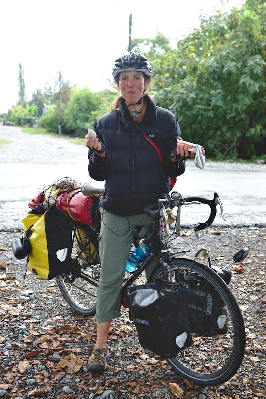 Ray, prima cicloturista ce calatoreste singura intalnita pana acum pe drum.