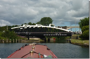 2 sutton swing bridge