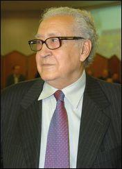 Il nie avoir des ambitions présidentielles: Lakhdar Brahimi: «Ce n'est pas sérieux» (VIDÉO)