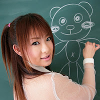 [DGC] 2007.10 - No.493 - Minori Hatsune (初音みのり) 003.jpg
