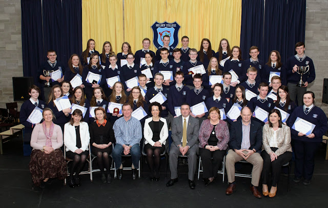 6th Year Academic Award Winners At The Mulroy College Senior Prize Giving Photo Clive Wasson