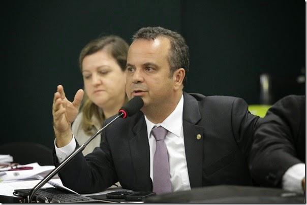 2012.06.26 - PSDB - Aprovação PNE