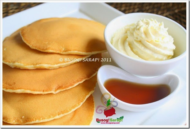 PANCAKES WITH WHIPPED VANILLA CREAM & SYRUP PIC2 © BUSOG! SARAP! 2011