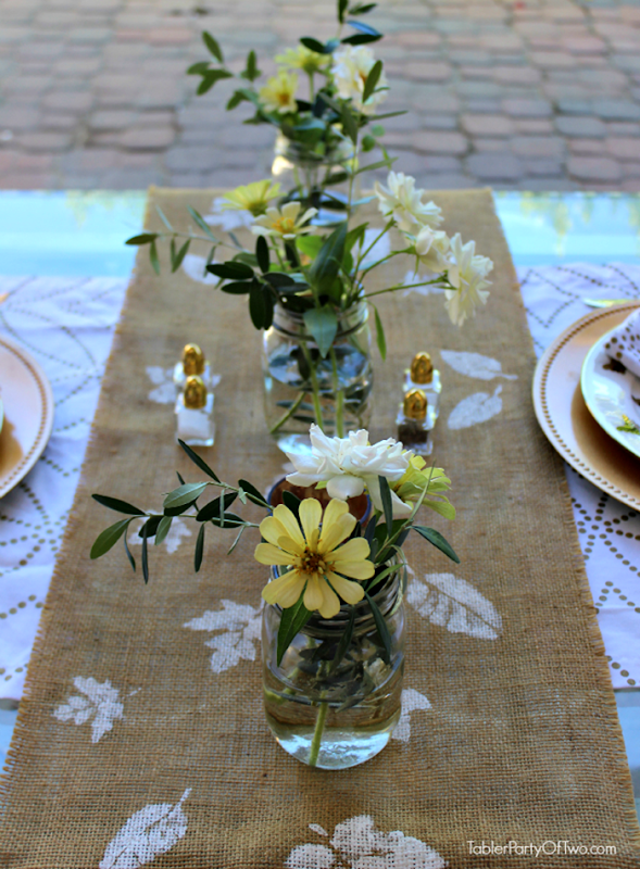 Fall-Table-with-Stenciled-Runner