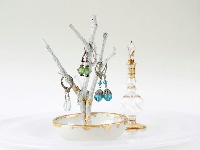 Gold Foil Twig Jewelry Trea - www.carolynshomework (5)