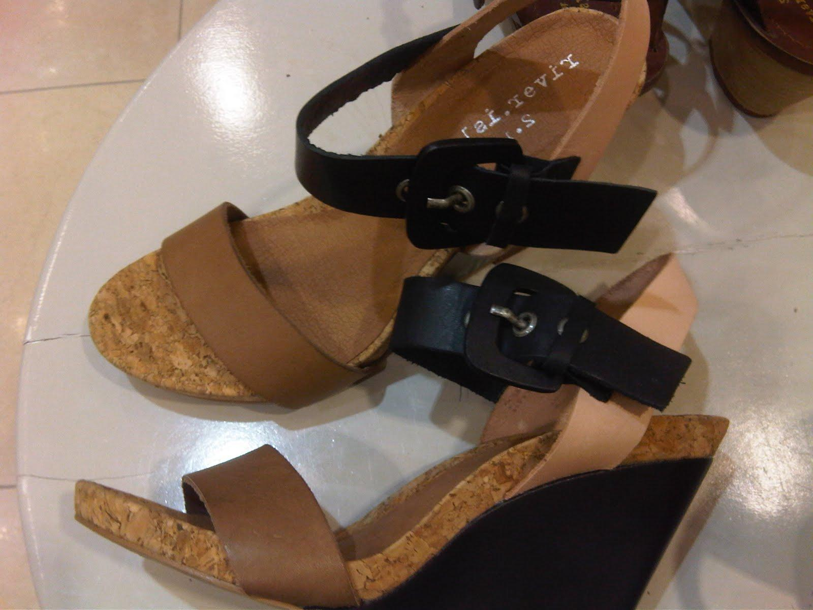 H&M multi colored flat sandals
