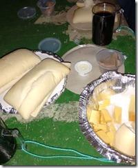 quentinha-de-queijos