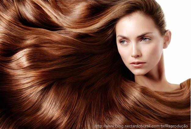 cabelo tratado reflete brilho
