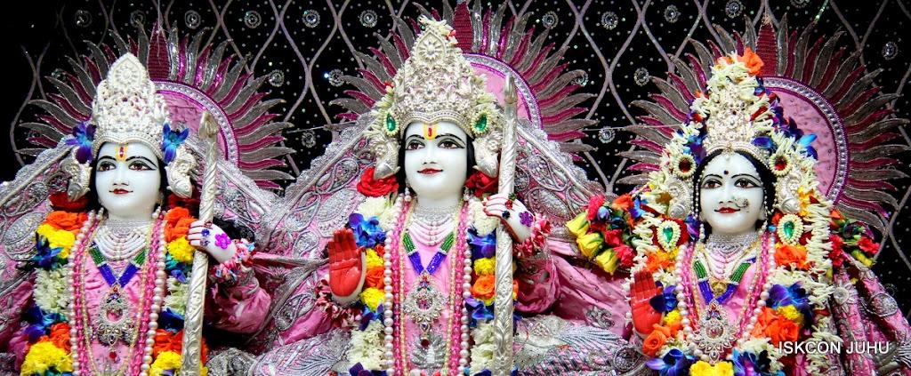ISKCON Juhu Sringar Deity Darshan 20 Jan 16 (31)