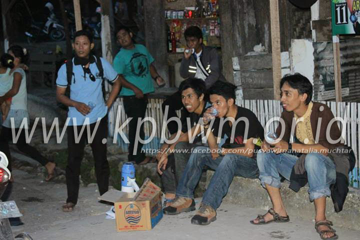 kompa dansa mandar sulawesi barat desa pamboborang