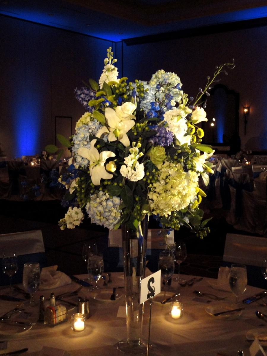 Centerpiece designed in tall