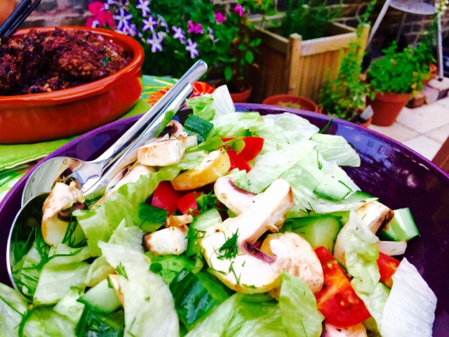 Mixed salad with mushroom