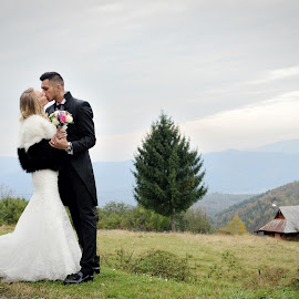 Love by Klaudia Klu - Wedding Bride & Groom ( love, hill, kiss, bride, groom )