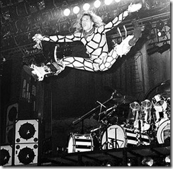 Van Halen - Diamond Dave at the height of Spandex Consumption