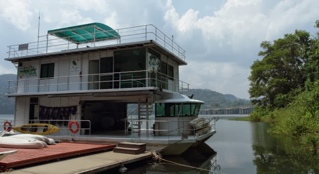 Houseboat on Banding Lake, Pulau Banding