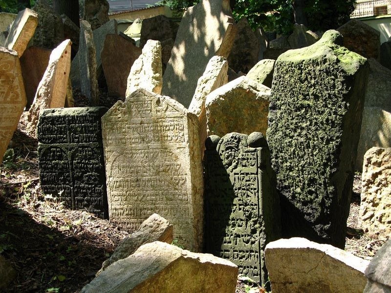 old-jewish-cemetery-1