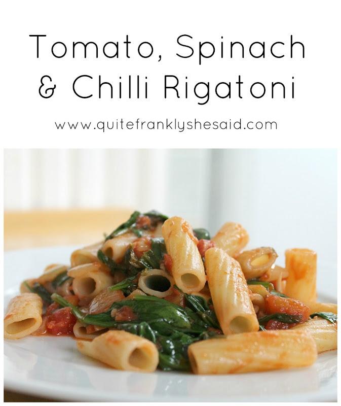 tomato, spinach & chilli rigatoni pasta