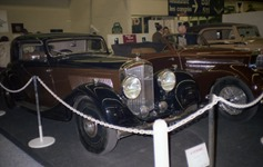 1984.02.16-047.18 Bentley 4,25 l 1936 et Bugatti