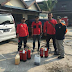 Latihan pemadaman api dengan karung basah di asrama polisi gorontalo tanjung priuk