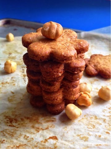 Biscotti vegani profumati alla nocciole, integrali e con olio di oliva