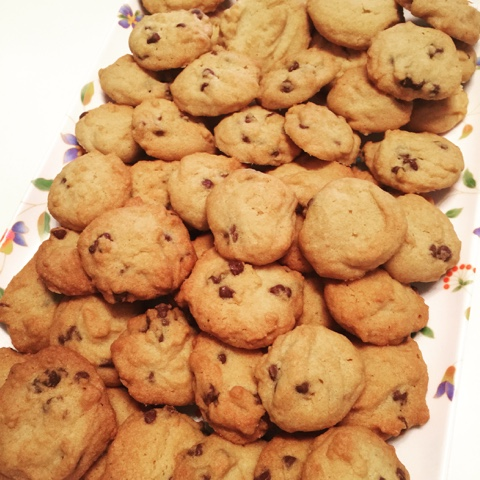 Baking Mom: Famous Amos Chocolate Chips Cookies