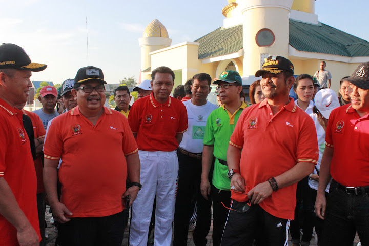 Fun Walk 2015 bersama Bupati Bantaeng dan Gubernur SulSel-1